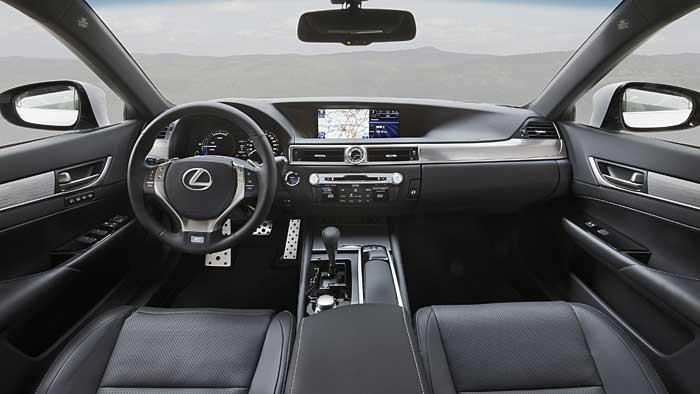 Der Lexus GS 450h ist das Flaggschiff der Baureihe