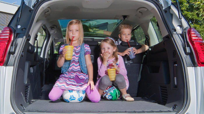Peugeot spricht mit Sondermodellen Familien an