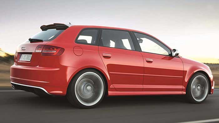 Der Audi RS3 hat gleich 340 PS unter der Motorhaube