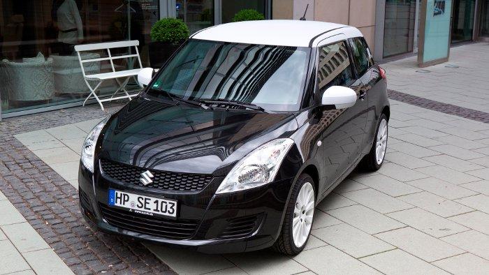 Das Sondermodell Black White vom Suzuki Swift