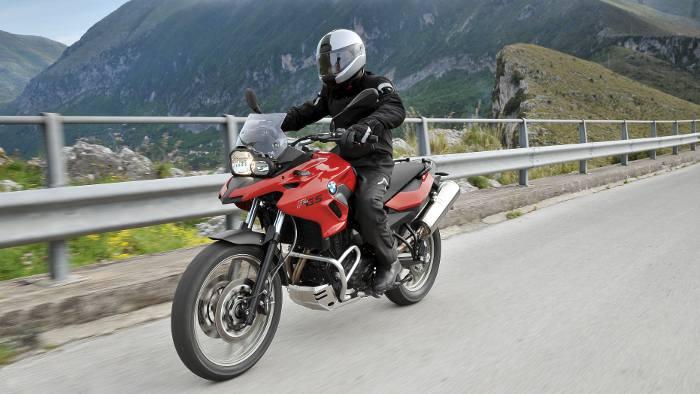 BMW: 1000 Euro für Führerschein-Neulinge