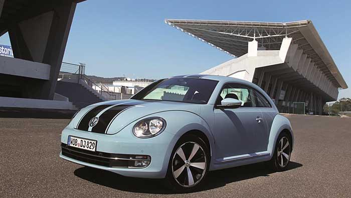 Der VW New Beetle spannt eine Brücke zwischen Vergangenheit und Gegenwart.