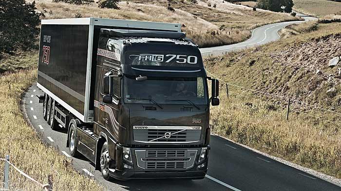 Der Lkw-Bauer Volvo legt beim Gewinn zu.
