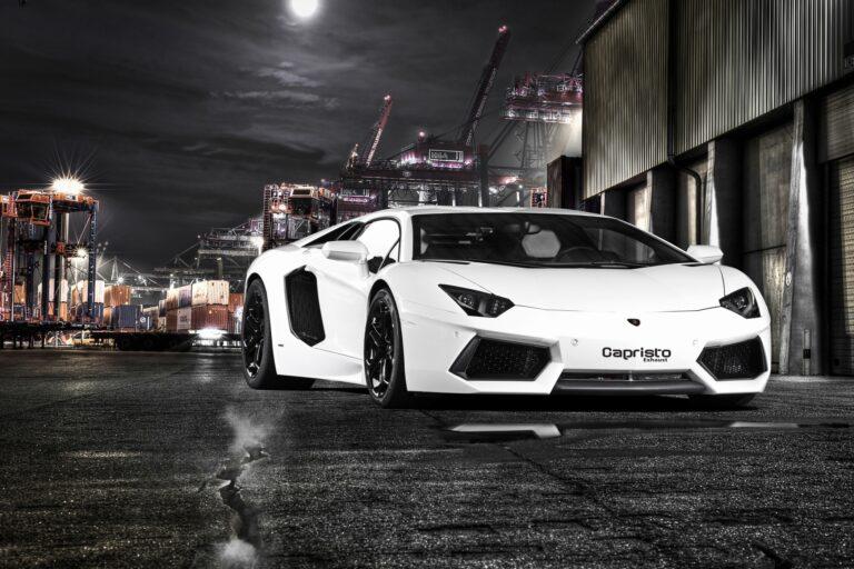Lamborghini Aventador LP 700: 40 Kilo leichter