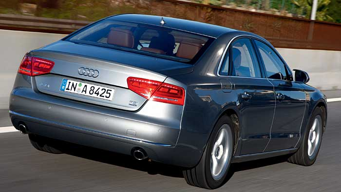Audi betreibt mit dem A8 4.2 TDI Understatement.