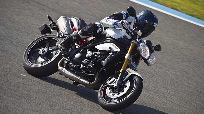 Triumph hat die Speed Triple als R-Version nachgeschoben.