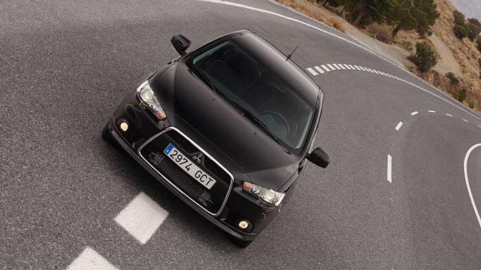 Der Mitsubishi Lancer Sportback gibt sich als Diesel recht genügsam.