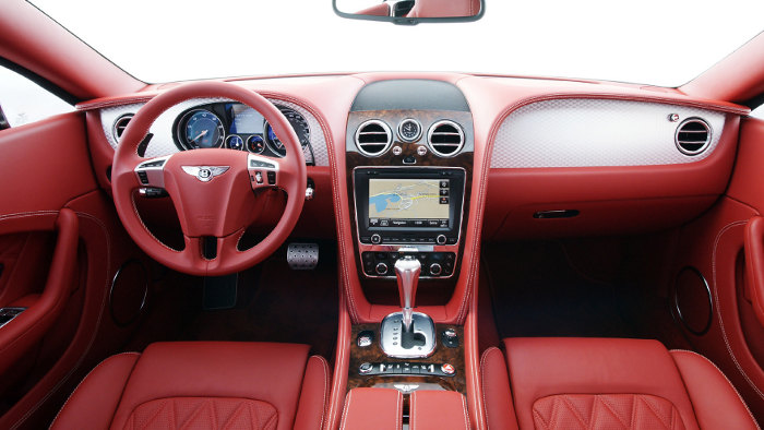 Innenraum des Bentley Continental GT.