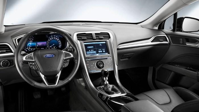 Das Cockpit des neuen Ford Mondeo.