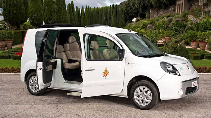 Ein elektrischer Renault Kangoo ist der neue Dienstwagen für den Papst.