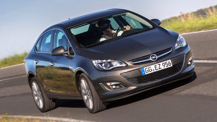 Die Opel Astra Limousine.