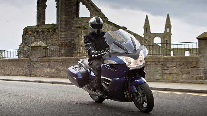 Triumph hat die Trophy-Baureihe auf 2013 vorbereitet.