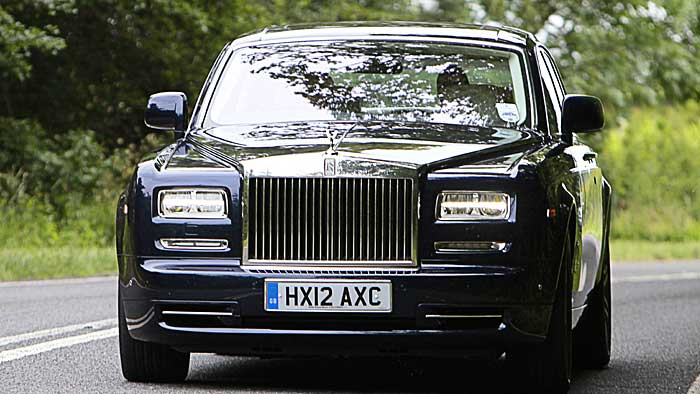 Der Rolls-Royce Phantom sollte eher von Profi-Chauffeuren gefahren werden.