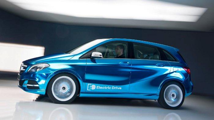 Die Mercedes B-Klasse Electric Drive wird in Paris vorgestellt.