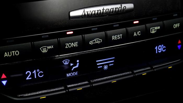 Klimaanlage in einem Mercedes.