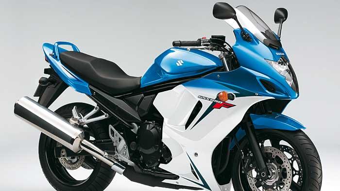 Die Suzuki GSX 650 F kostet gut 1300 Euro weniger.