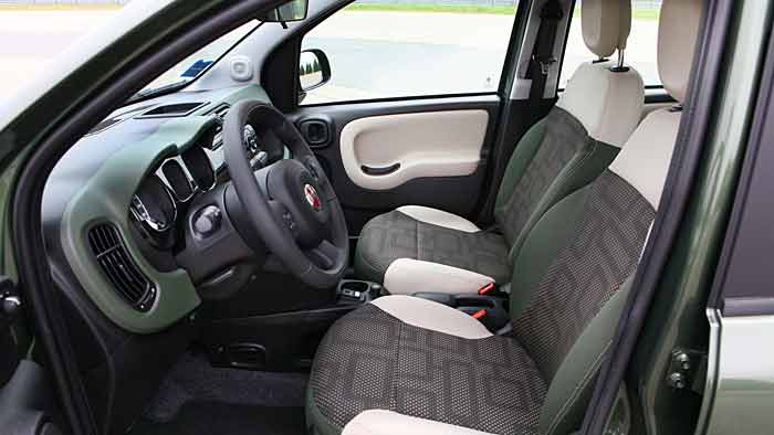 Der Fiat Panda 4x4 ist ideal für den Einsatz in den Bergen.