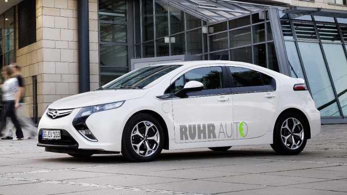 20 Opel Ampera fahren für die Wissenschaft