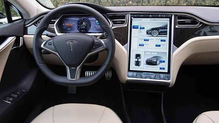 Tesla bringt mit dem Model S die zweite Baureihe auf den Markt.