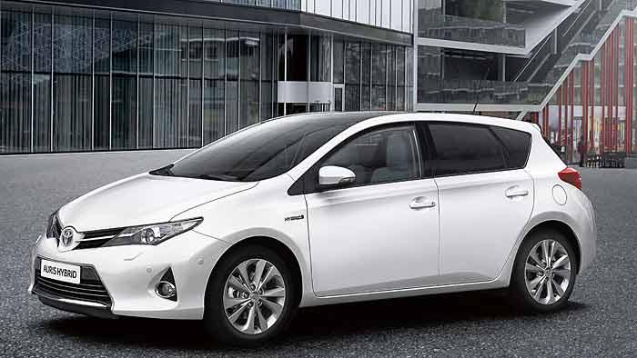 Rund jeder zweite Toyota Auris wird mit Hybridantrieb verkauft.
