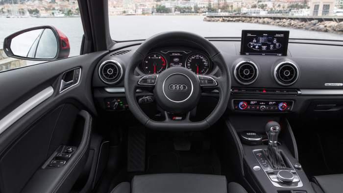 Das Cockpit im Audi A3 Sportback.