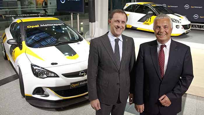 Opel-Vize Thomas Sedran (l.) und Opel-Motorsportchef Michael Meyer.