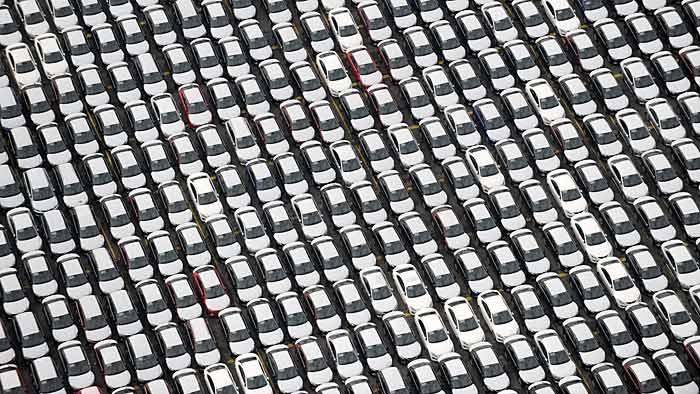 Die Zahl der Fahrzeuge in Deutschland nimmt zu