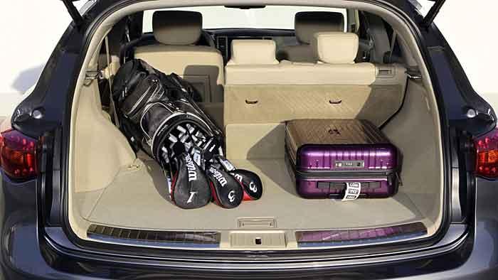 Der Infiniti FX 50 ist ein SUV mit Sportwagenqualitäten.