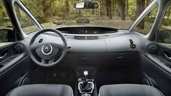 Der Renault Grand Espace kann in der Großraumvan-Liga noch mithalten.
