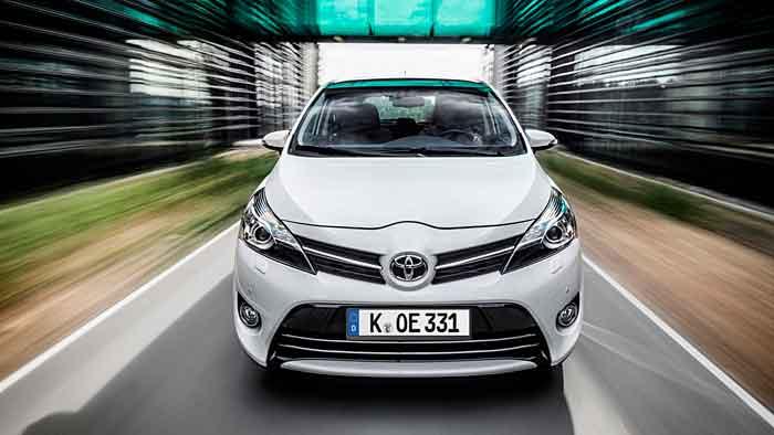 Der geliftete Toyota Verso kommt am 13. April in den Handel.