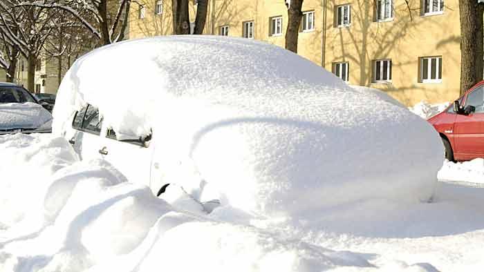 Vorsichtig auf Schnee unterwegs