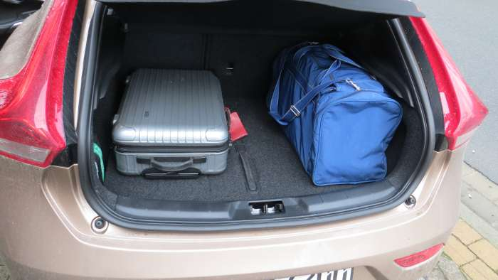 Der Kofferraum des Volvo V40.