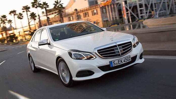 Bestimmte Einheiten der E-Klasse von Mercedes müssen untersucht werden.