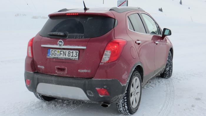 Das Heck des Opel Mokka