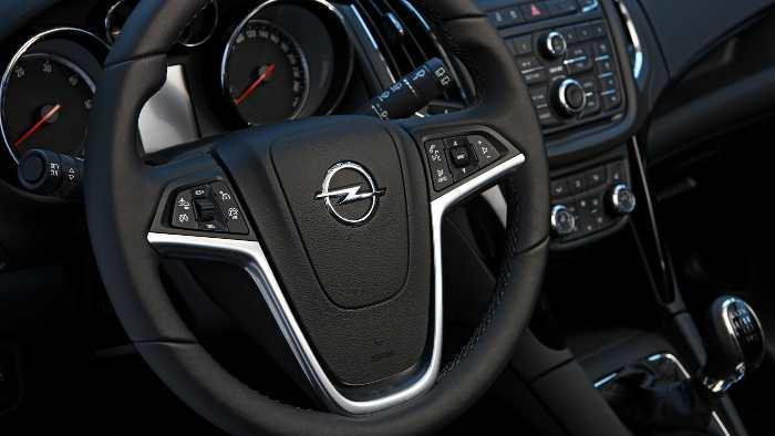 Cockpit Opel Zafira Tourer