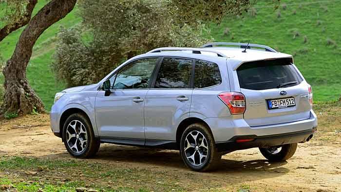 Der Subaru Forester liebt den burschikosen Auftritt.