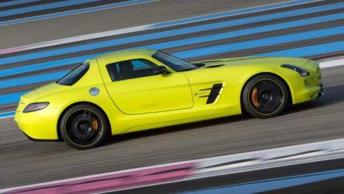 Seitenlinie des Mercedes SLS AMG Electric Drive.