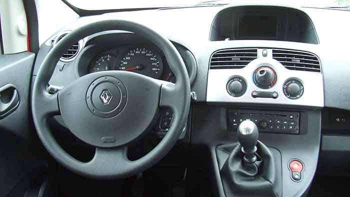 Der Renault Kangoo Maxi bietet sieben Personen Platz.