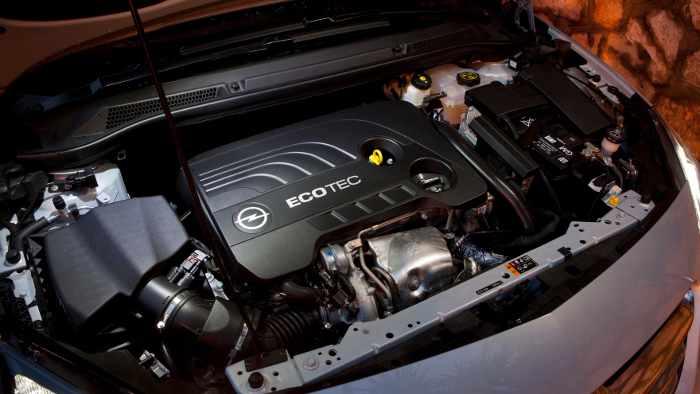 Im Opel Cascada kommt ein neuer 1.6 SIDI-Motor zum Einsatz.