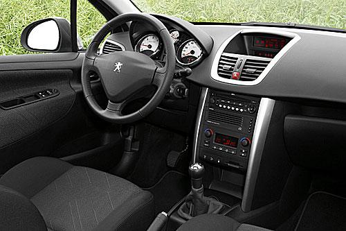 Peugeot 207 Sw Licht Und Schatten Autogazettede