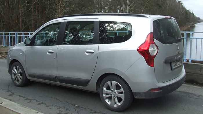 Der Dacia Lodgy ist sicher kein Schönling, aber äußerst praktisch.