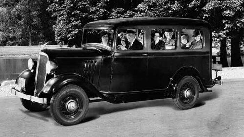 Der Chevrolet Suburban ist ein früher Vorläufer der SUV.