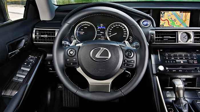 Der IS erhält als letztes Lexus-Modell einen Hybridantrieb.