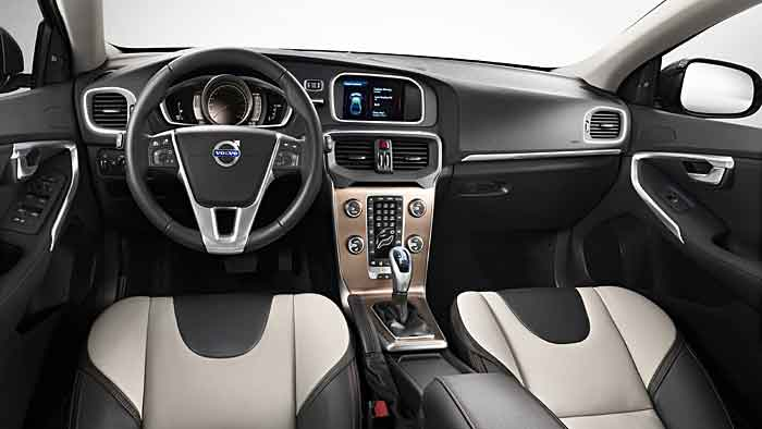 Der Volvo V40 T5 Cross Country hat 254 PS unter der Haube.