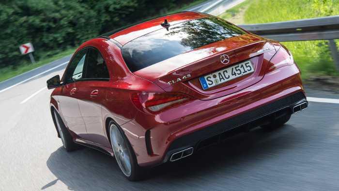 Das Heck des Mercedes CLA 45 AMG
