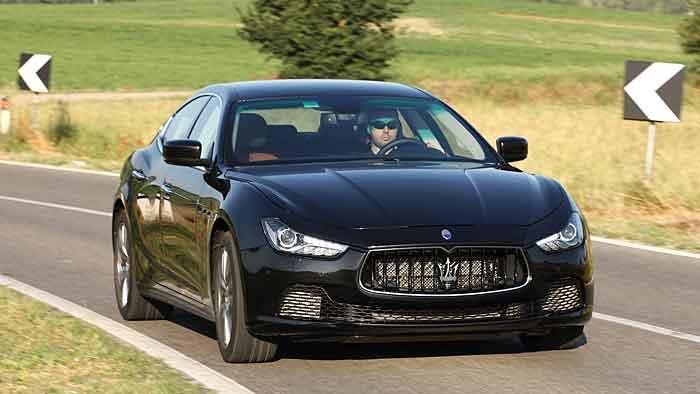 Der Maserati Ghibli ist der kleine Bruder des Quattroporte.