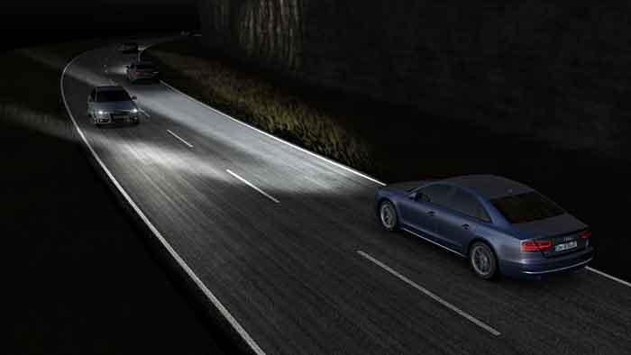 Der neue Audi A8 kommt mit Matrix-Licht auf den Markt.