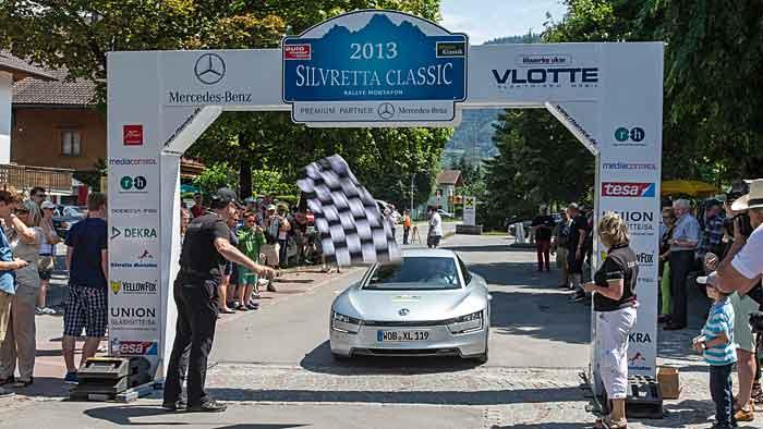 Der VW XL1 siegt bei der Silvretta Classic.