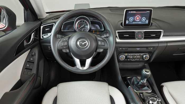 Das Cockpit des neuen Mazda3.