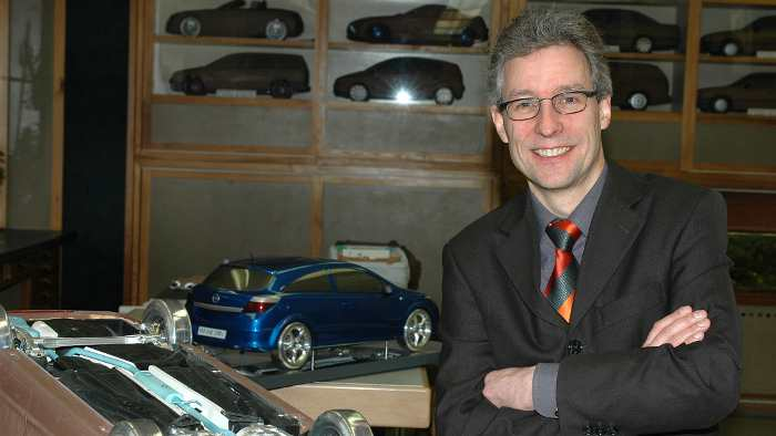 Opel-Aerodynamikchef Reiner Weidemann.